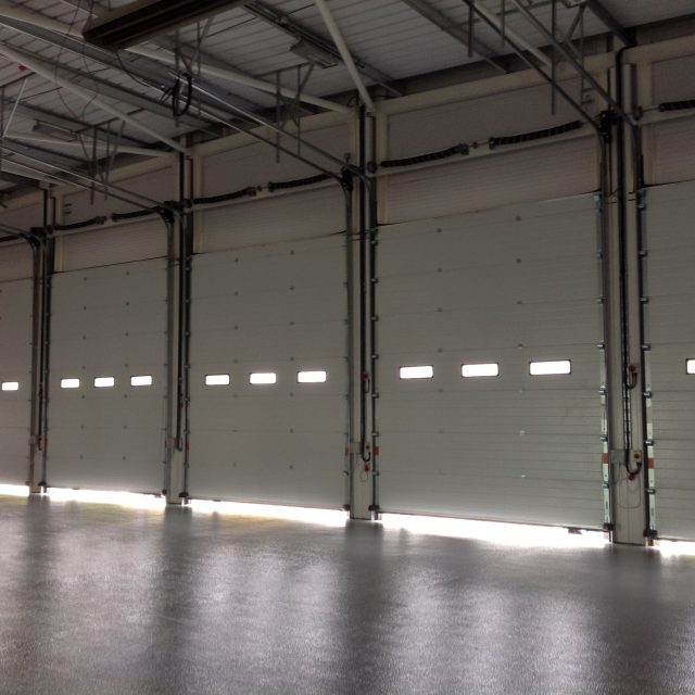 5 Sectional Overhead Doors with Peepholes